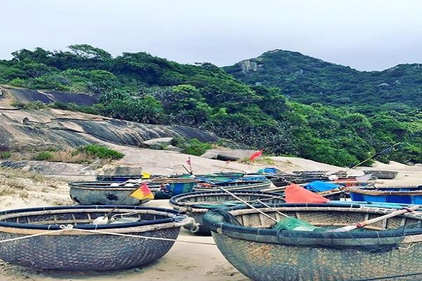 Bờ biển khu dã ngoại Trung Lương
