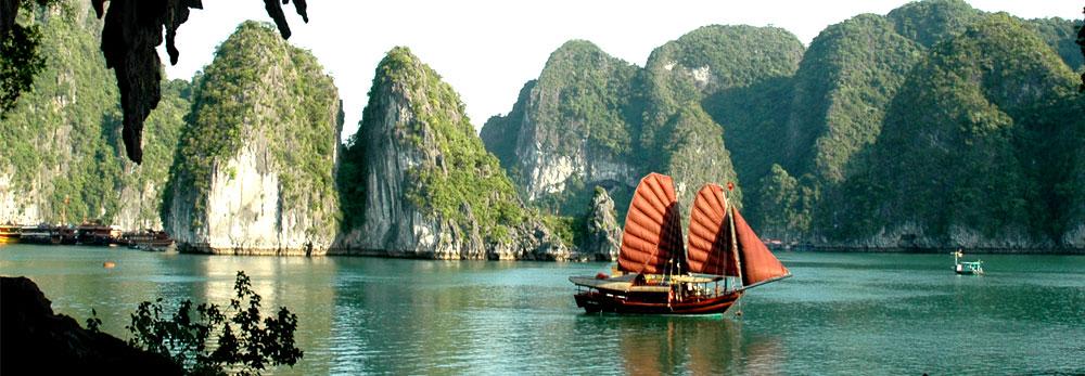 Hòn Gà Chọi - Hạ Long