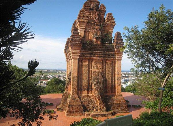 Tháp Nhan - Tuy Hòa