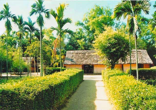 Làng Sen - ngôi làng quê hương của Bác