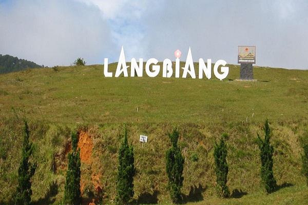 Ngọn núi Langbiang Đà Lạt