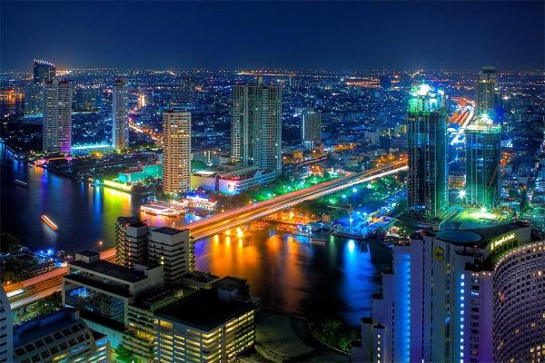 Bangkok lung linh về đêm