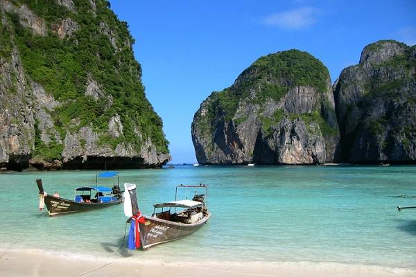 Phuket, Tháo Lan