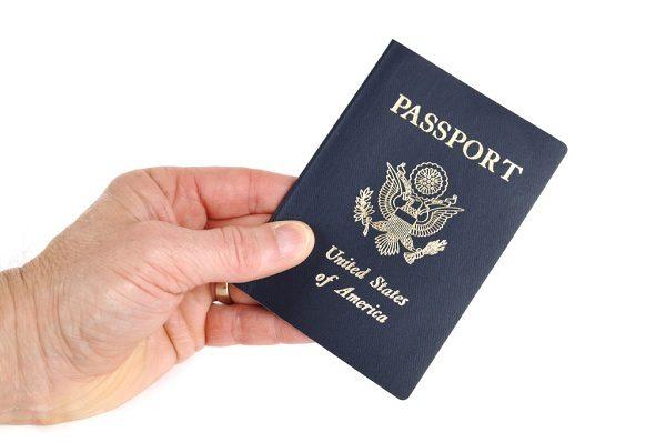 đi máy bay trong nước có cần hộ chiếu không