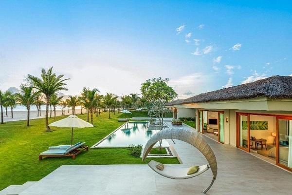 Fusion Resort có đầy đủ dịch vụ đạt chuẩn quốc tế như spa, buffet sáng, tắm hơi,..
