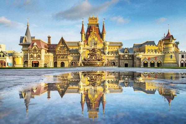 Vinpearl Land Phú Quốc có hàng trăm trò chơi hấp dẫn